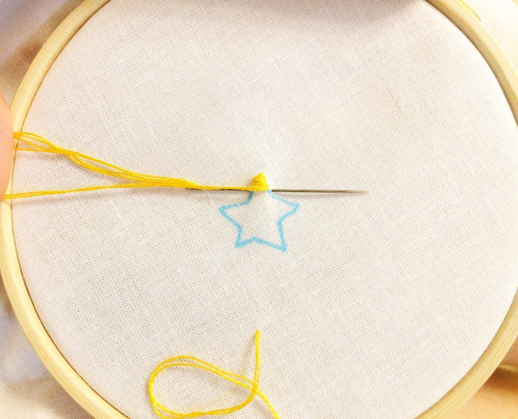 星の刺繍やり方、サテンステッチ